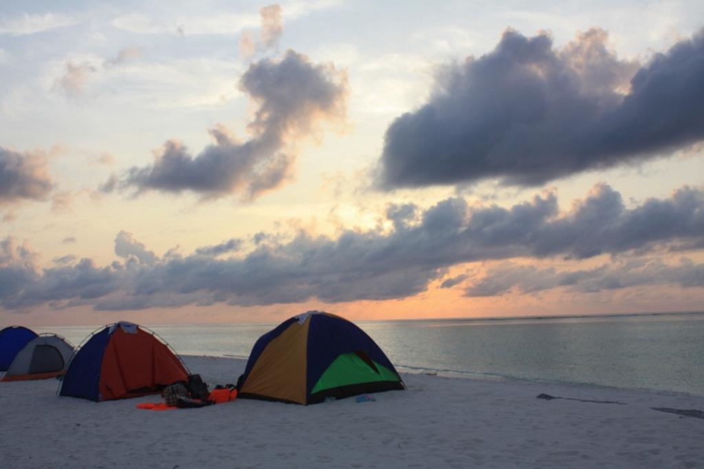风景秀丽的小岛,海水清澈见底海岛环境优美